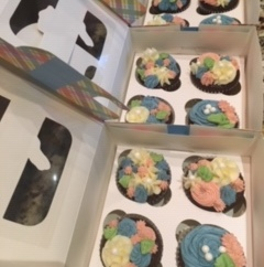 Floral white chocolate buttercream and chocolate cupcakes